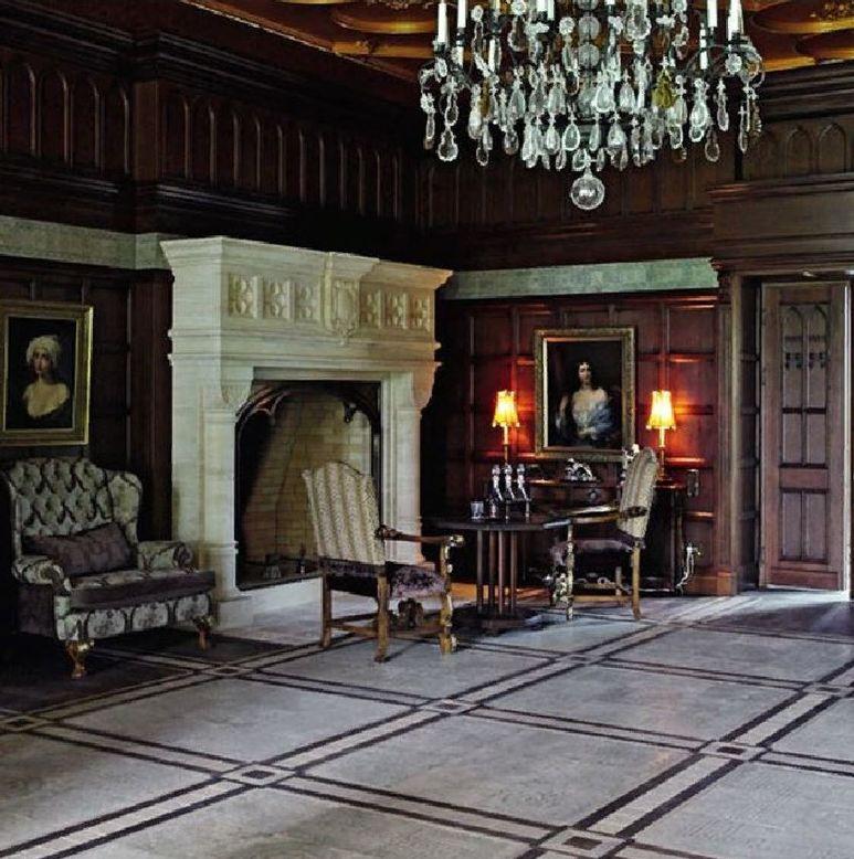 Какие потолки во дворце у пугачевой фото